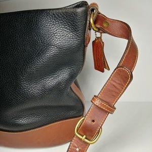 Coach Bags - Rare 1994 Coach Sheridan Cross Body Bucket Bag adbeffbc44330